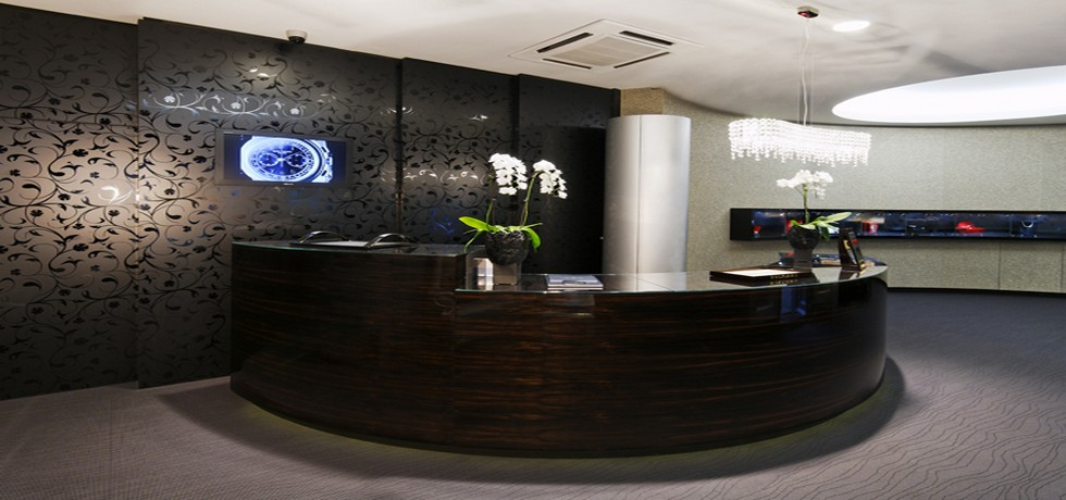 Hotel Front Office