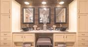 Palm Harbor Home - Italian White di Pesco Bath Countertop