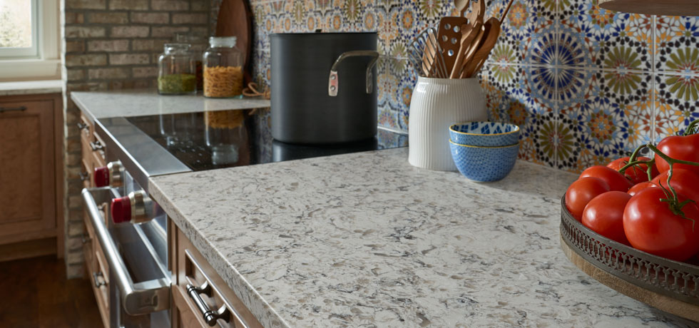 Application Santiago Quartz Patterned Tile Kitchen