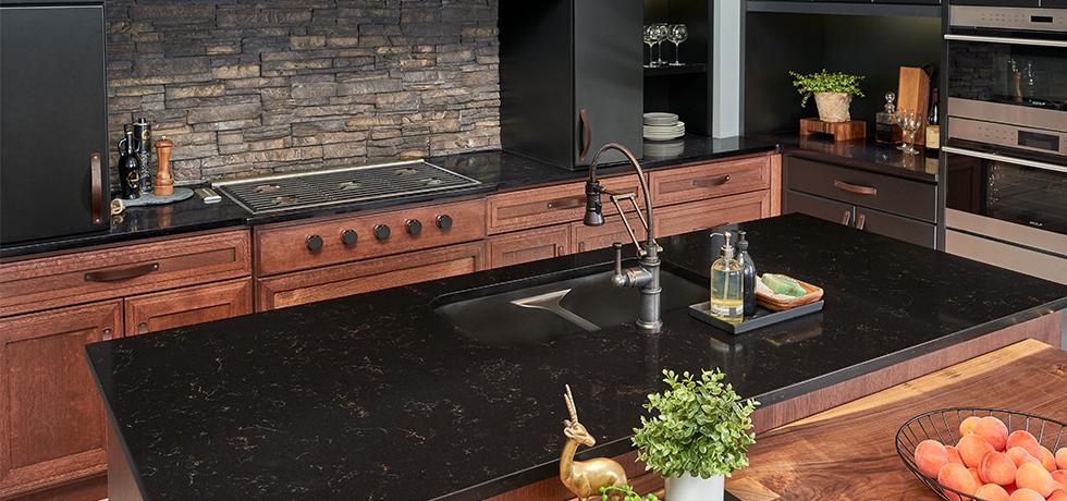 Aspen Retreat   Quartz Kitchen